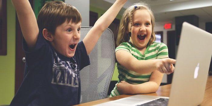 معرفی گیمهایی که می توان با آنها  برنامهنویسی را به کودکان آموزش داد (پارت اول)