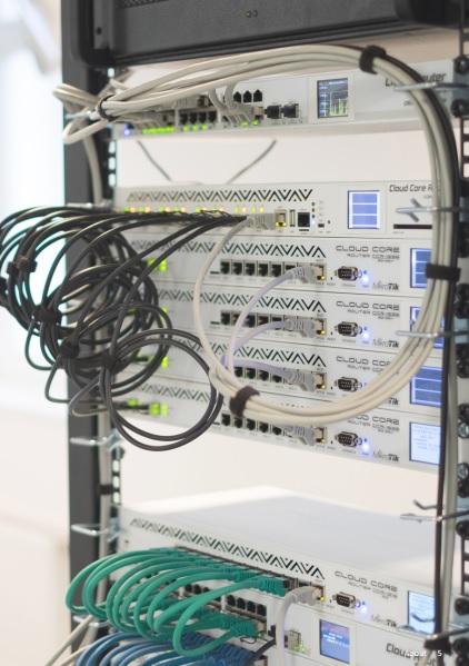 خرید تجهیزات شبکه میکروتیک با قیمت مناسب
